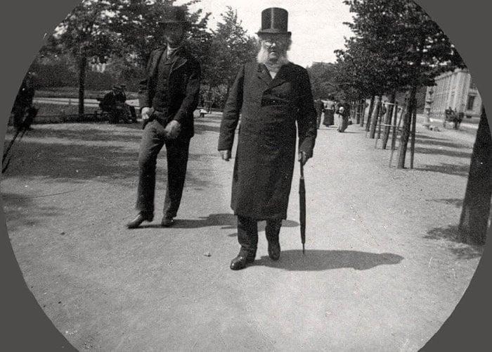 5_Henrik Ibsen fotografert på Karl Johans gate 1896