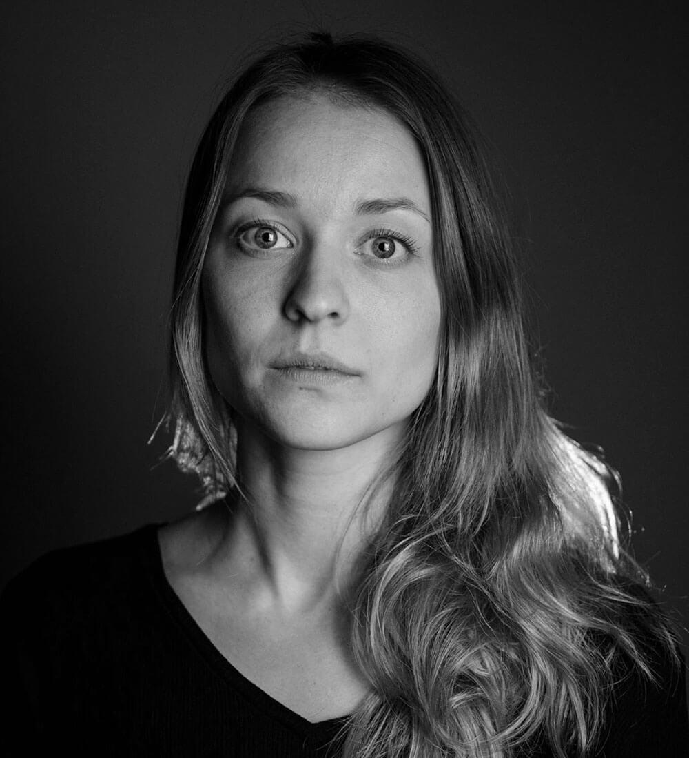Kristi-Helene J. Engeberg