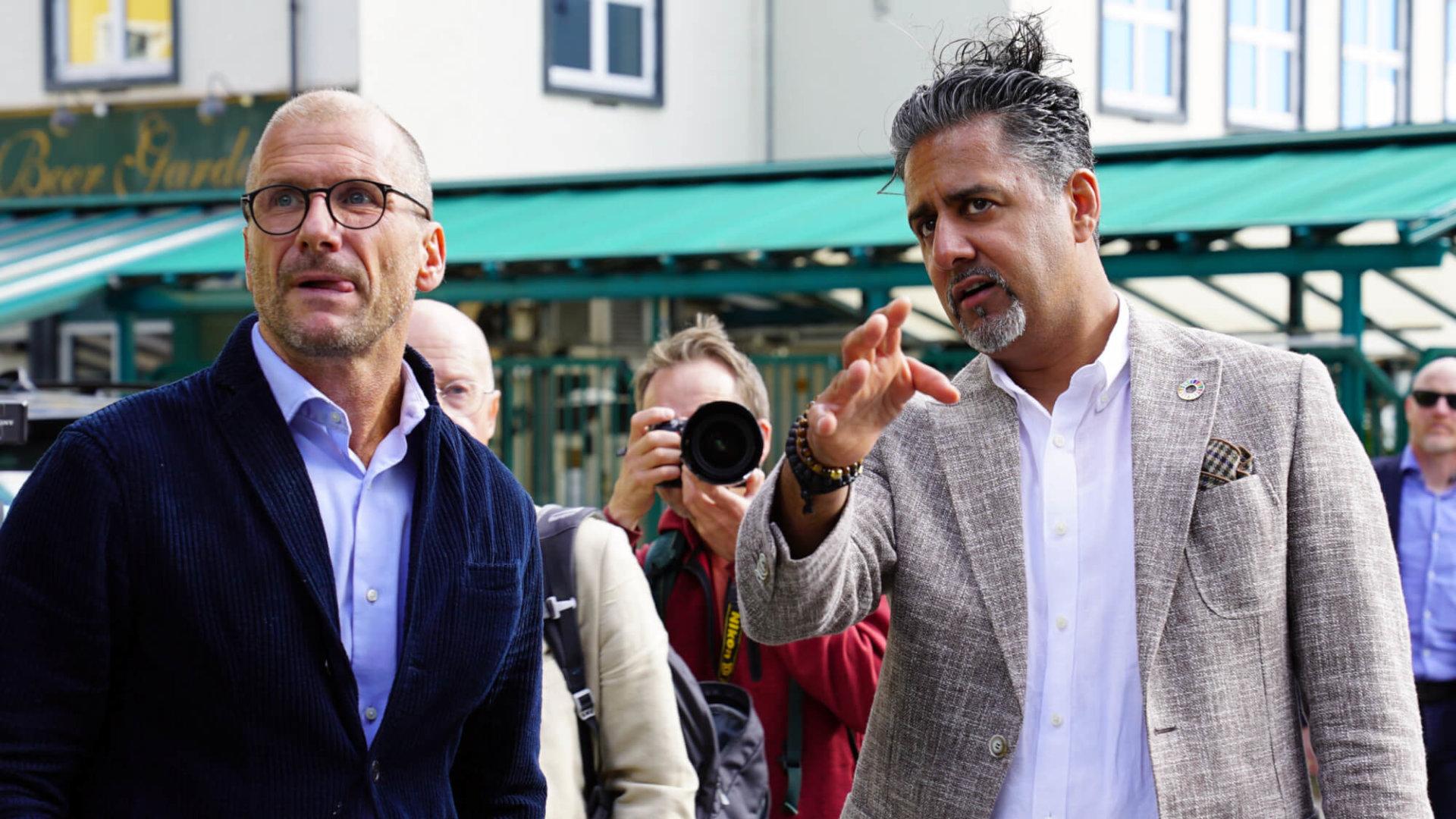 Stefan Larsson og Abid Raja. Foto: Ole Friele